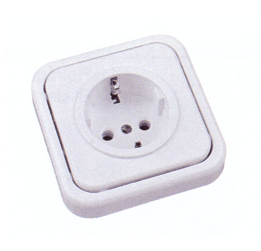 20-215-05-2 SOCKET SCHUKO TT LATERAL