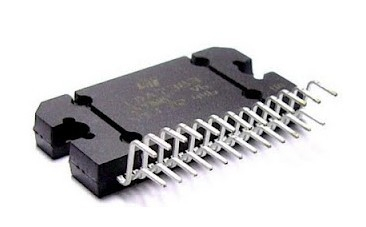 INTEGRATED CIRCUIT TDA7388 FLEXIWATT 25